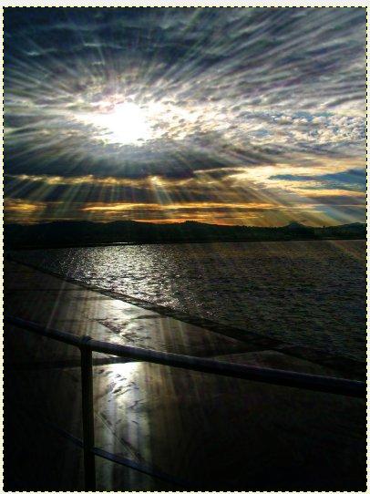 эффект солнечных лучей в гимпе